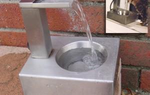 Сочетание металла и воды