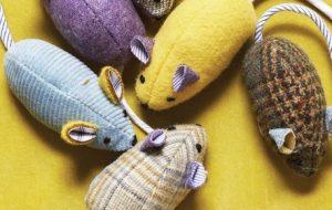 Мятная мышка для любимца